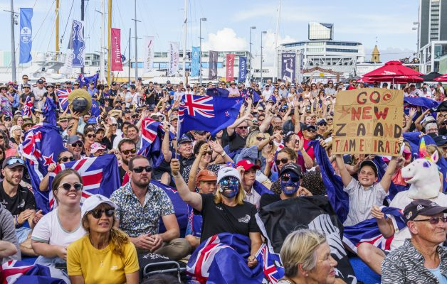 America's Cup fans